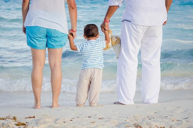 rodiče s prckem